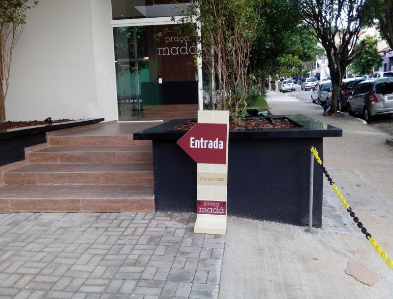 Placa de Sinalização Comunicação Visual em Santa Cruz das Palmeiras - Placa de Sinalização de Rota de Fuga